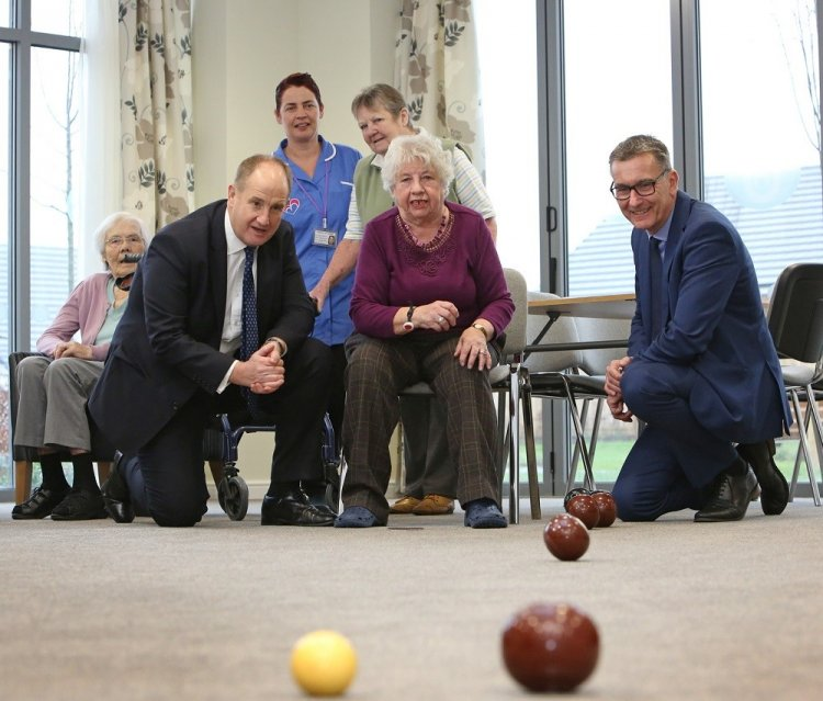 MP Visits Sowery Extra Care
