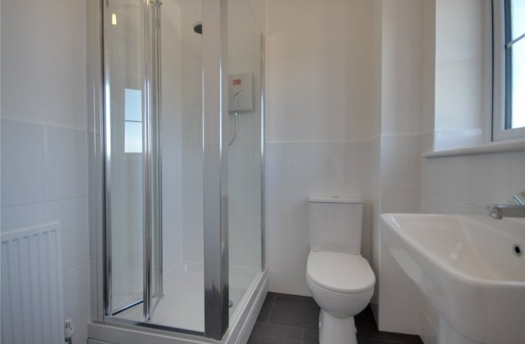 19 Sumburgh Close En suite